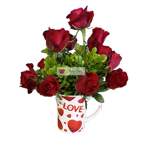 "Cup of red roses Cebu, one dozen red roses in a 4"" coffee cup."