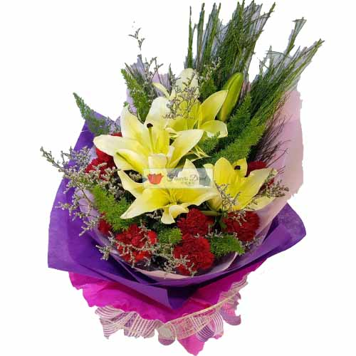 flowers cebu it park Purple Pink flowers cebu Mix A wrapped mix of purple and pink. Red carnation, lilium, misty blue.