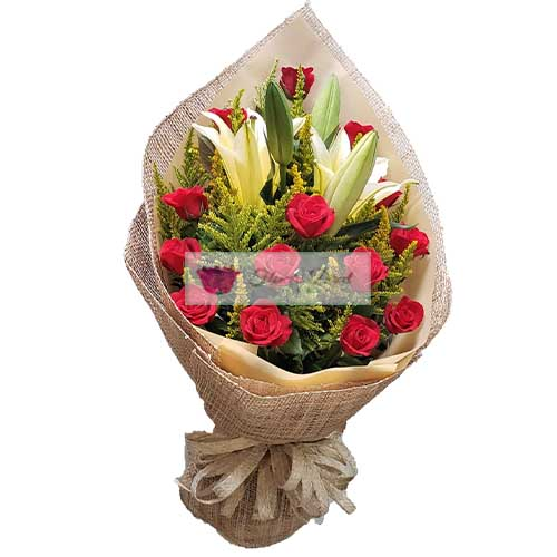 Fresh Flower Cebu 12 Red roses and 4 lilium flowers in a wrap.